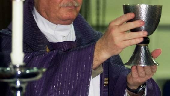 Biskup wydał dekret