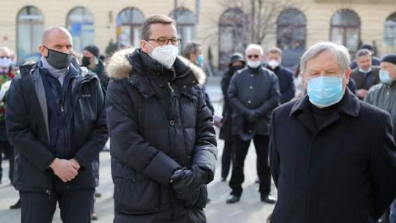 Mateusz Morawiecki na pogrzebie