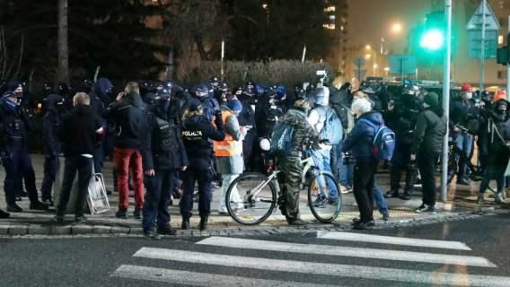 Przedsiębiorcy szykują protest 10 kwietnia pod pomnikiem schodów smoleńskich