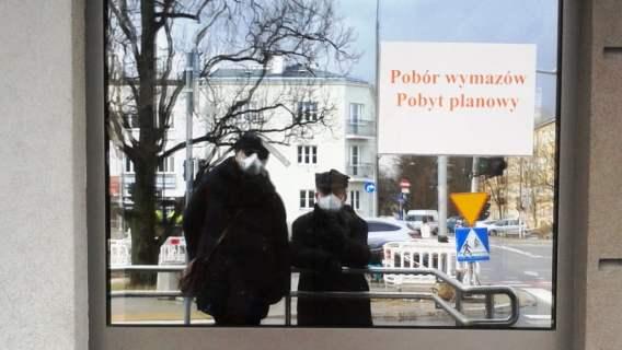 Szpital MSWiA Pan Rafał opisał, co spotkało go przy wydawaniu rzeczy po zmarłym. Pokazał zdjęcia, sytuacja nie do przyjęcia